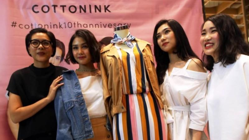 Empat wanita masa kini dalam #COTTONINK10thAnniversary. (Lukman Hqeem)