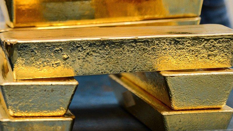 Harga emas gagal memanfaatkan peluang pelemahan Dolar AS. (Lukman Hqeem)