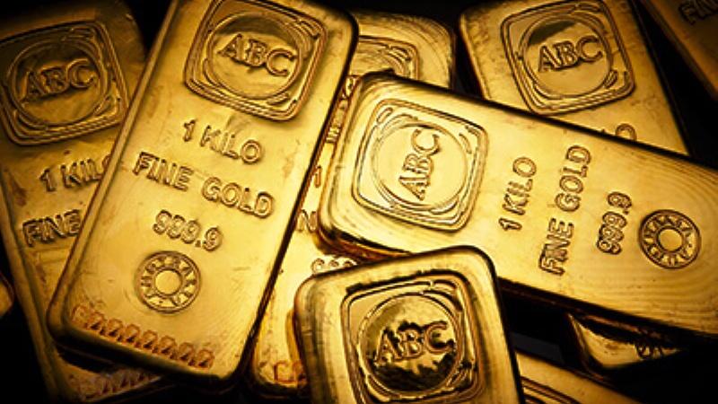 Harga emas mencoba bertahan dari tekanan jual, ditengah meningkatnya ketegangan dalam Perang Dagang AS - China. (Lukman Hqeem)