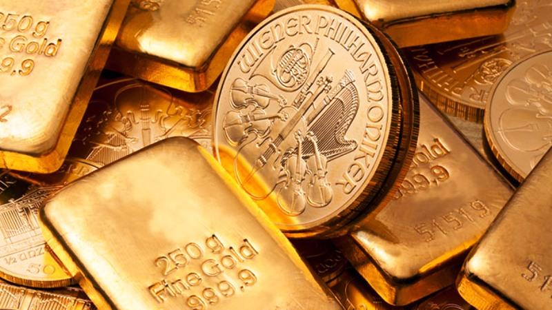 Harga emas terpukul setelah FOMC memutuskan untuk menaikkan suku bunga, aksi beli kembali spekulan mendorong harga emas naik kembali. (Lukman Hqeem)