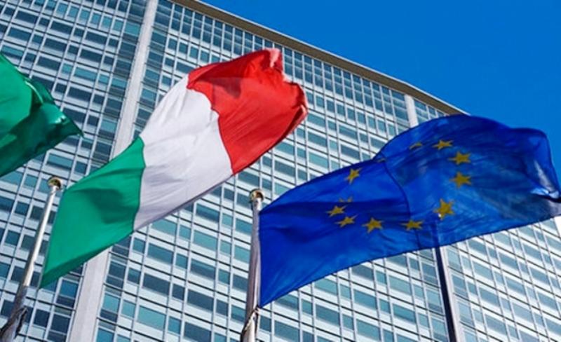 Investor Pilih aset surgawi sikapi krisis Italia.