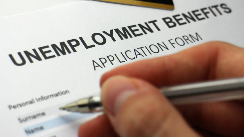 Klaim Pengangguran AS naik 51 ribu, menjadi sentimen negatif buat bursa saham AS