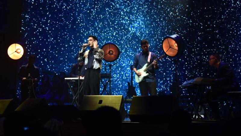 Konser DEKADE Afgan di KLCC, Kuala Lumpur, Malaysia, pada Sabtu (03/11). (Foto Agra Suseno by Trinity Optima Production)