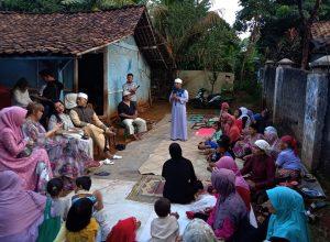 HUT ke-24, Humaniora Foundation Santuni Para Janda Pemulung 3