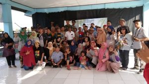 Forum Sastrawan Indonesia & Betawi Cinta Damai Gelar Sastra Pantai dan Kerang Hijau 10