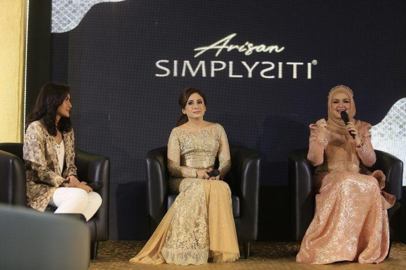Sukses di Malaysia, Siti Nurhaliza Pasarkan Simplysiti di Indonesia 1