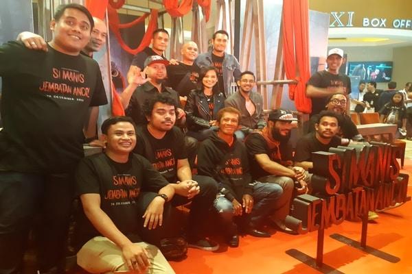 Garap Film 'Si Manis Jembatan Ancol', Anggy Umbara Ingatkan Asal Legenda Sebenarnya 1