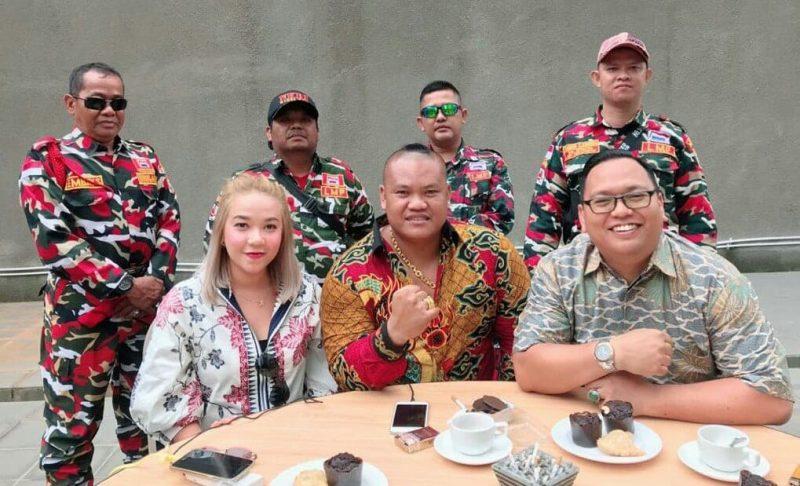 Caca Rayborn Ajak Kerjasama Artis Indonesia & Malaysia Agar Silahturahmi Terjalin Baik 1