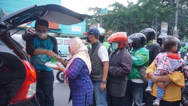 'Peduli Jurnalis' Berikan Paket Sembako Tahap Kedua Total 75 Paket 2