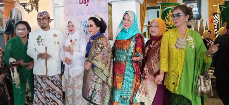 Erna Santoso Mengenal Lebih Dekat Kraton Sumedang Larang Bersama Sultan & Permaisuri 5