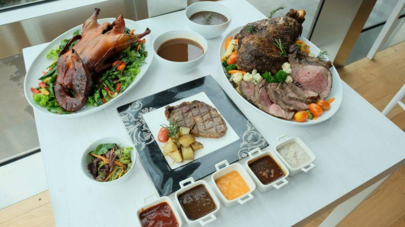 ASTON Priority Simatupang Hotel Sajikan Jerk Lamb Leg dan Turkey Roasted Untuk Natal dan Tahun Baru 2021 2