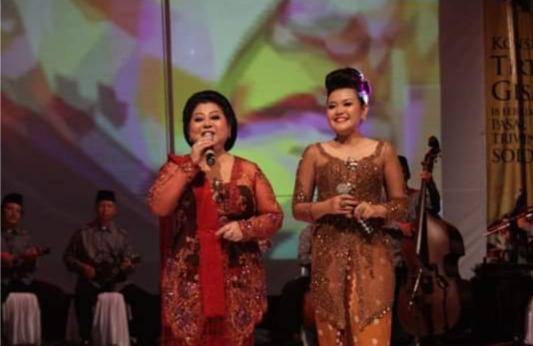 Kisah Inspiratif Asty Dewi, Cucu Angkat Gesang, Tekuni Nyanyi 3