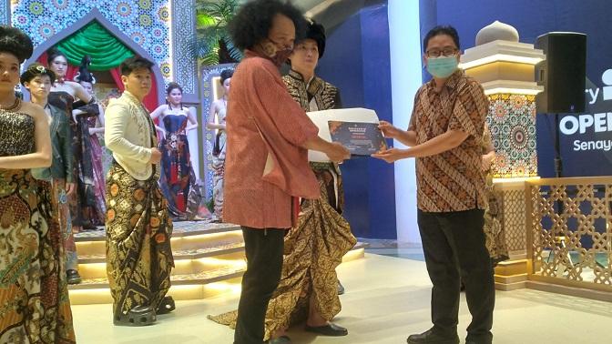 Nanang Sharna Berbagi Pengetahuan Warna Batik Alami 3