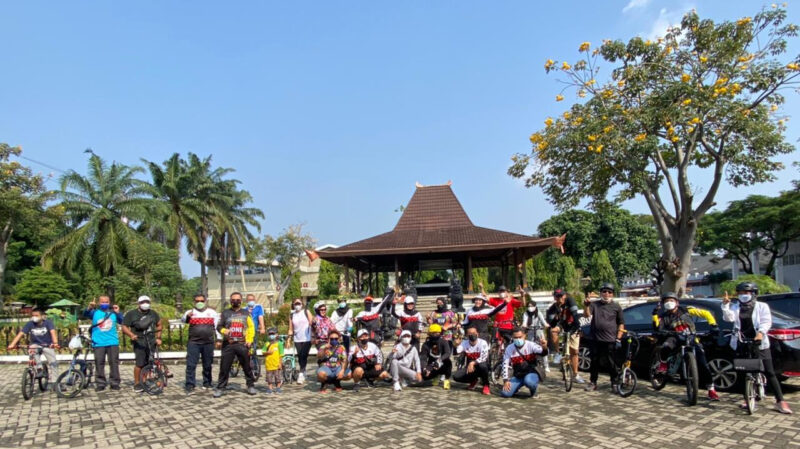 Tetap Patuhi Prokes, Pajero Indonesia ONE Gowes Bareng di TMII 2