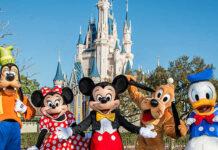 Saham Walt Disney memberikan dukungan bagi kenaikan indek saham S&P 500 dan Dow Jones
